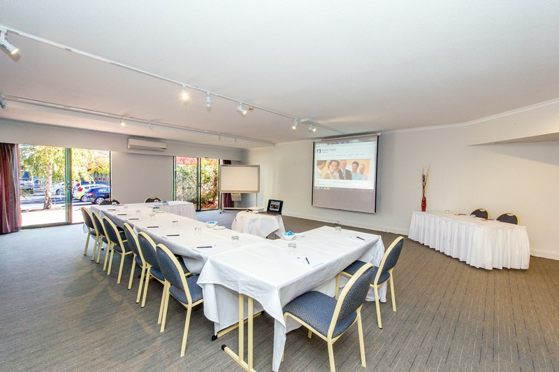 Meeting rooms with terrace access